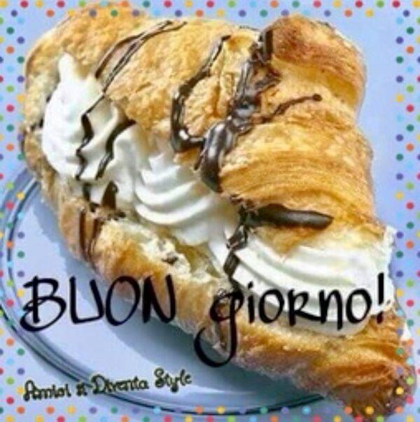 """""""Buon Giorno con croissant panna e cioccolata"""""""