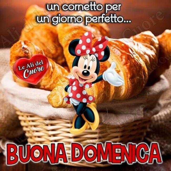 """""""Un cornetto per un giorno perfetto... Buona Domenica"""" - Minnie"""